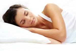 woman-sleeping-peacefully-600